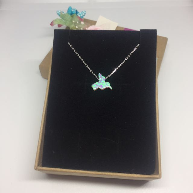 Opal Simulant Pendant with S925 Sterling Silver Chain Necklace: Humming Bird