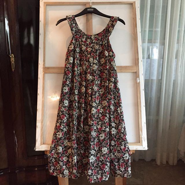 Paniz Floral Chiffon Dress