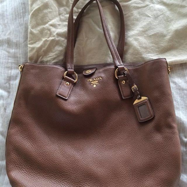 PRADA authentic new Brandy Vitello Daino Leather Shopping Tote Bag BR4372