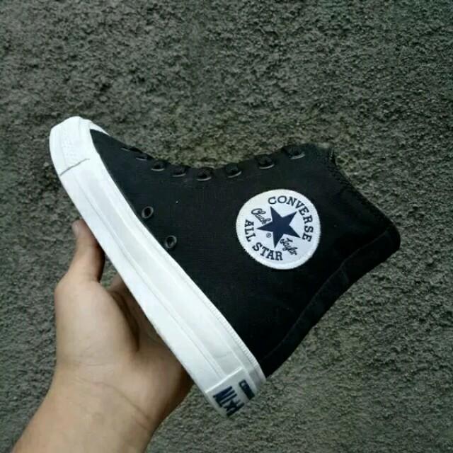 Sepatu Converse All Star CT2 Chuck Taylor II Lunarlon High Black White BNIB  Original ac6bda70d4