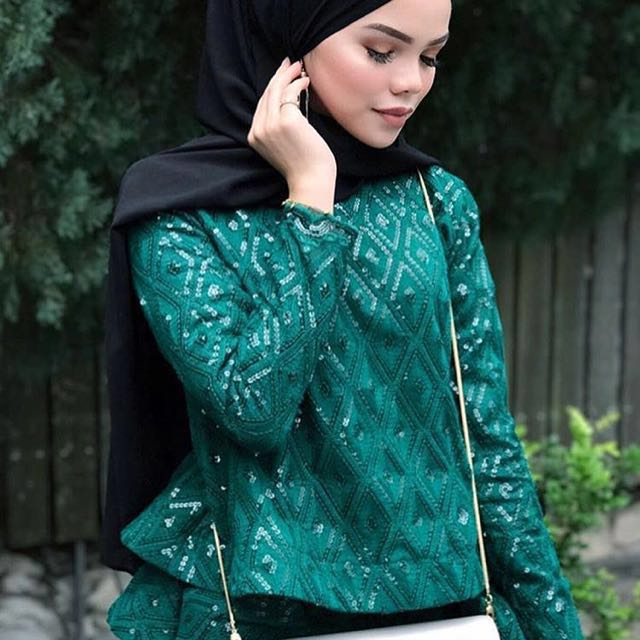 SHAWLPUBLIKA XL