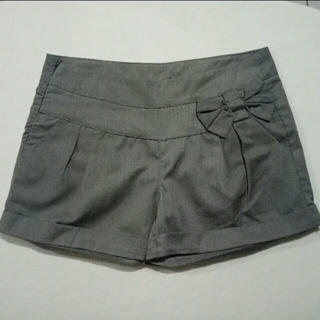 Shopaholic shorts