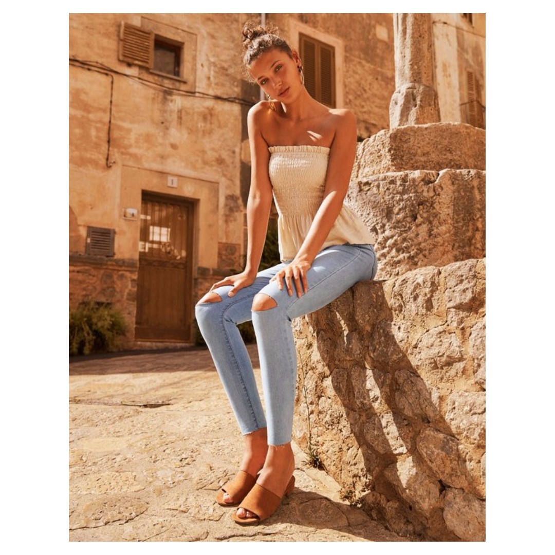 SKINNY ANKLE GRAZER JEAN - 8 - NEW WITH TAGS - LIGHT BLUE WASH - GLASSONS