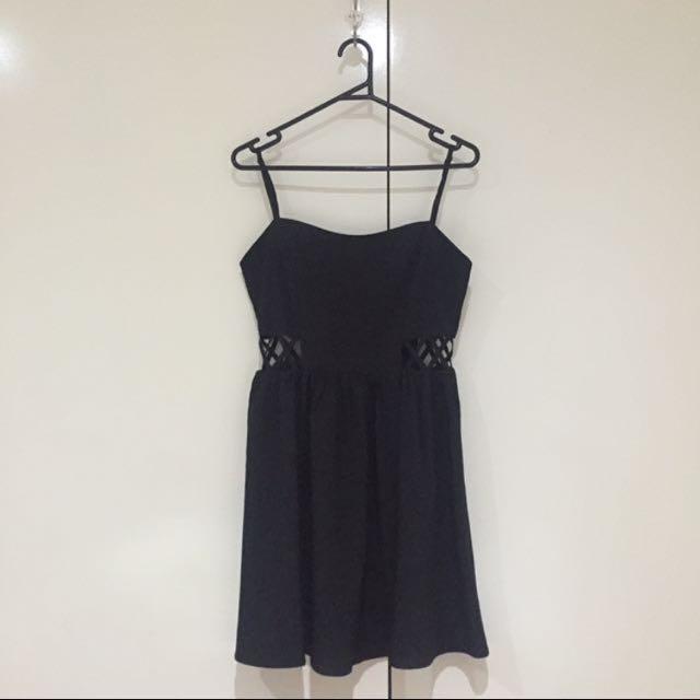 TEMT Size 8 Black Dress