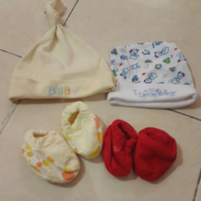 Topi N Sepatu Bayi