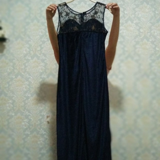 Velvet laces dress