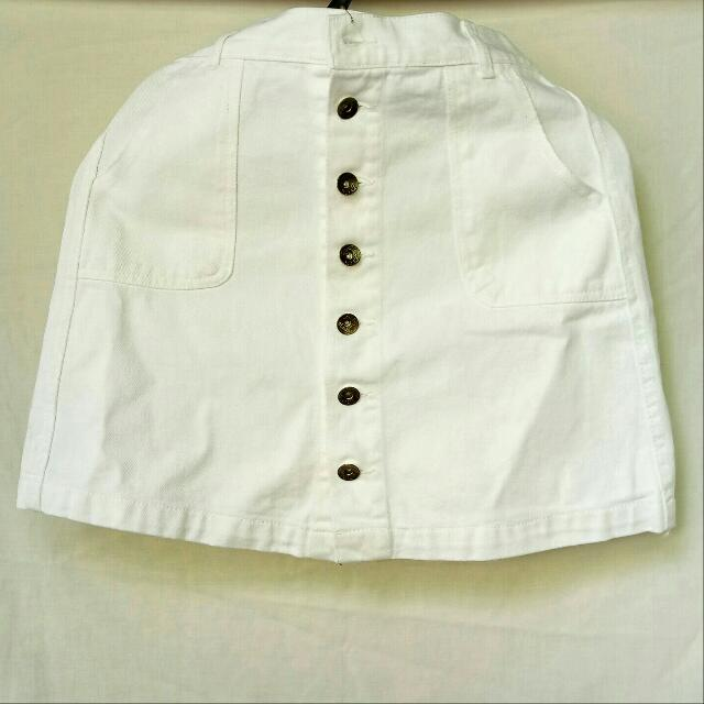 White Buttons Skirt