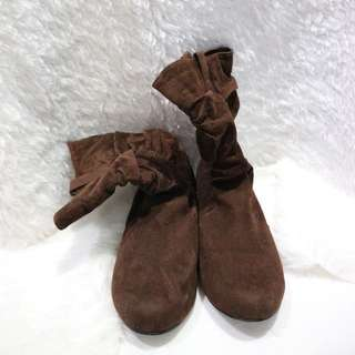 Rusty Lopez Boots (Brown)