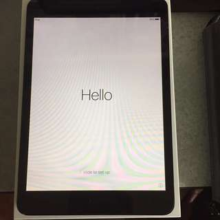 *REDUCED- iPad Mini -16GB WiFi - 1st Gen
