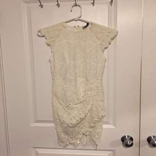 Xenia boutique white lace dress
