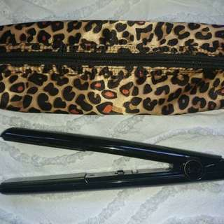 GHD IV Hair Straightener