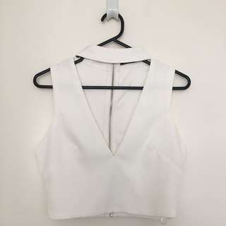 Luvalot white cropped v neck size 8