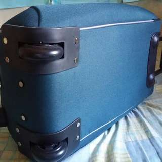 Voyager trolley luggage bag