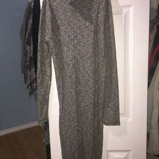 Forever 21 turtle neck dress size s