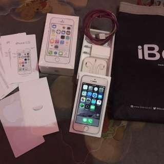 Iphone 5s masih garansi ibox 6bln