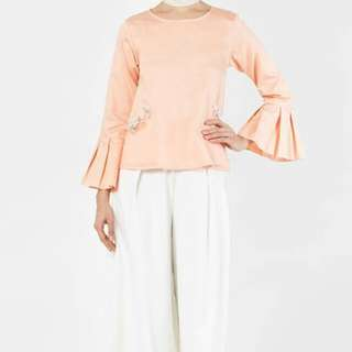 FashionValet Dara Top in Peach with tag