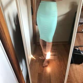 KOOKAI BODYCON MIDI MINT GREEN SKIRT SIZE 1