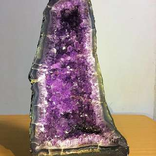 Promotion!!! Buy 1 get 1 free(last picture choose any 1 for free) Purple Amethyst Geode Hillhole (Amazing Colours)!!!
