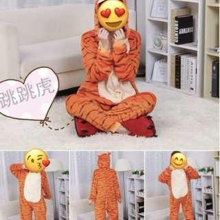 卡通跳跳虎/伊唷/豬仔/鬆弛熊/綠恐龍連體睡衣(90%新)(只係著過一次)