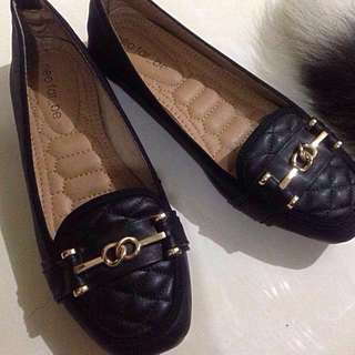 Flat Shoes From Neo Far_be