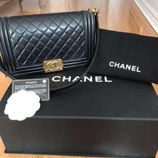 Chanel Boy Bag - Old Medium