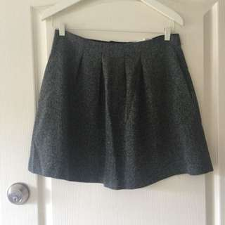 High waisted faux tweed mini skirt. Size 10. The colour is grey/black/white.