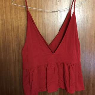 Alice In The Eve red crop singlet