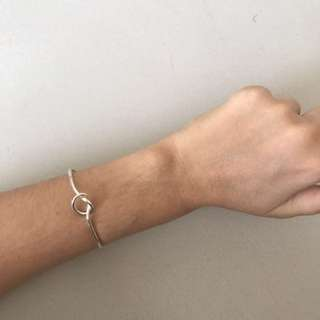 Silver knotted bangle