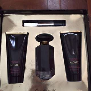 VICTORIA'S SECRET NIGHT PERFUME SET