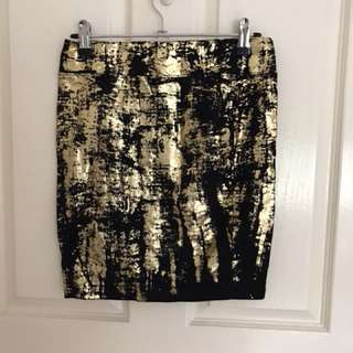 Black and gold bodycon skirt