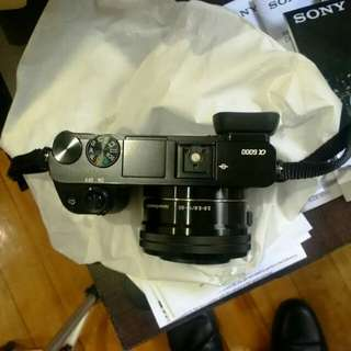 A6000 SONY MIRROR LESS with 2 lens!