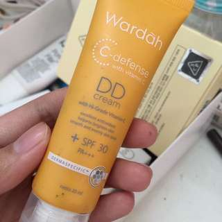 wardah dd cream c-defense