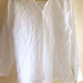 (A17) Simple White Crumpled Blouse