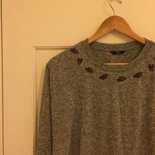 Grey rose long sleeve crop top brand new
