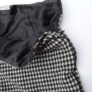 🚚 格紋黑色短褲
