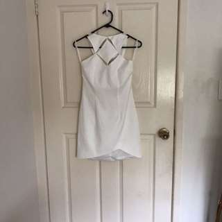 White bodycon dress