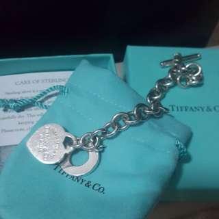 Tiffany & Co Heart Toggle Bracelet