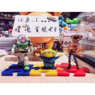 🚚 現貨 迪士尼 皮克斯 玩具總動員 三眼怪 胡迪 巴斯 立體 玩具 公仔 擺飾 積木 拼圖 聖誕 禮物 非 食玩 扭蛋