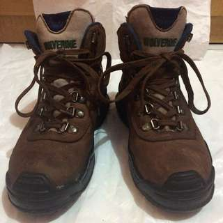 Shoes sepatu Wolverine Hiking Boots Original Preloved