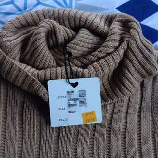 BNWT Long knit top