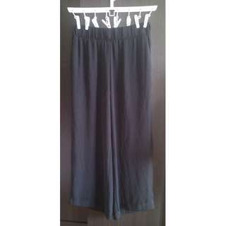 荷蘭 MONKI 百搭款黑色雪紡簡約寬褲