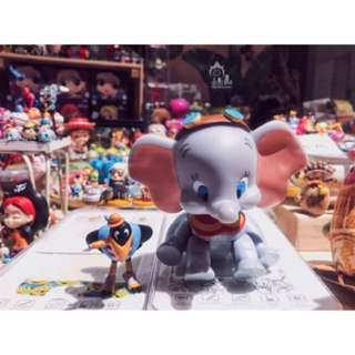 🚚 現貨 迪士尼 小飛象 dumbo 與 烏鴉 大象 大耳象 搖頭 可動 公仔 模型 擺飾 擺件 卡通 動畫 聖誕禮物 聖誕節 禮物