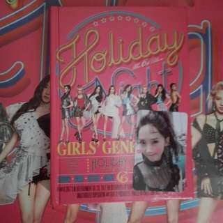 SNSD Holiday night album with poster