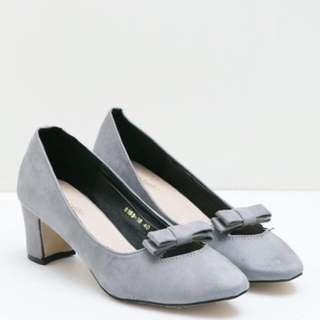 Heels gray berry benka