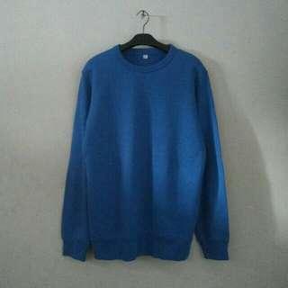 UNIQLO Original Basic Sweater Size L