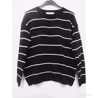🚚 黑色條紋針織毛衣