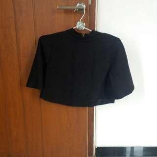 BLACK CAPE TOP