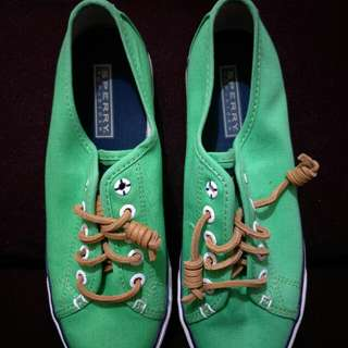 AUTHENTIC Sperry Top-Sider Shoes