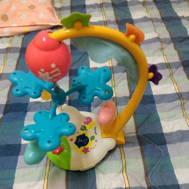 嬰兒旋轉音樂鈴