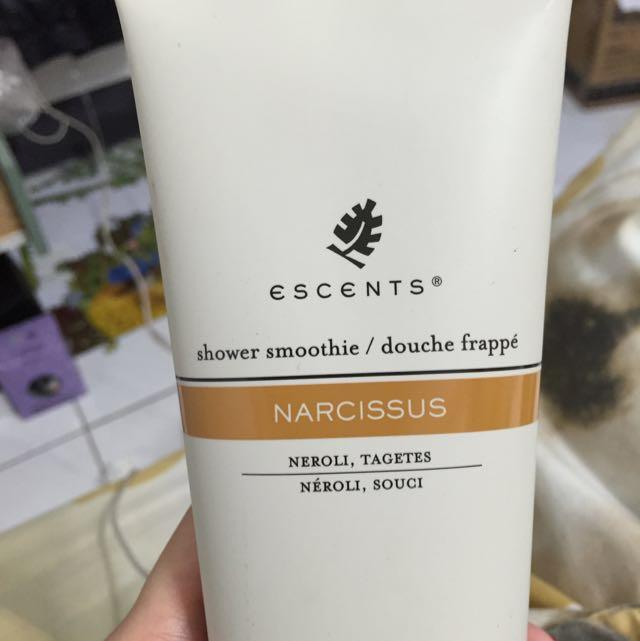 全新 ESCENTS浴乳霜